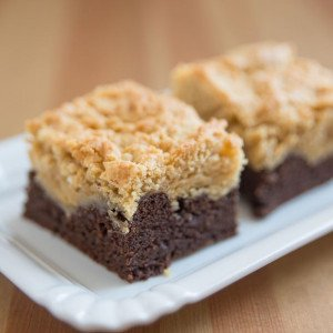 i75497-brownies-crumble-poires